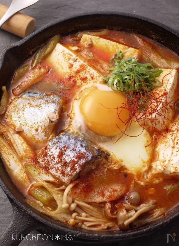 サバ缶で簡単スンドゥブチゲ~美味しい一人鍋~