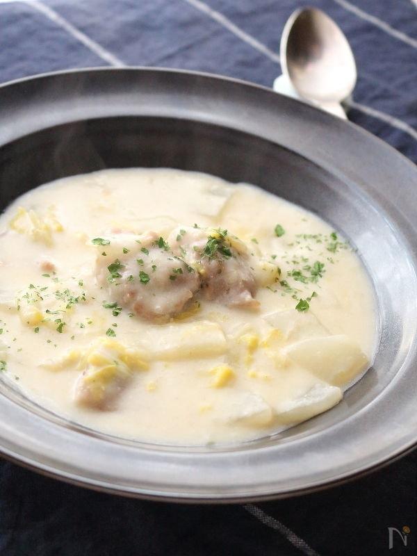 冬野菜と豚肉の豆乳シチュー