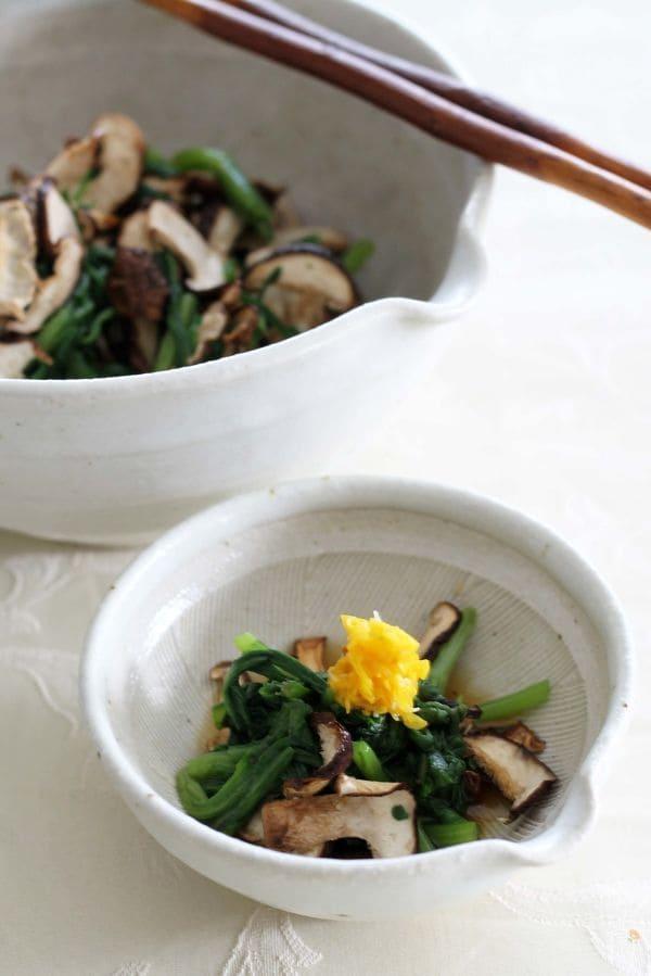 焼き椎茸と菊菜のおひたし