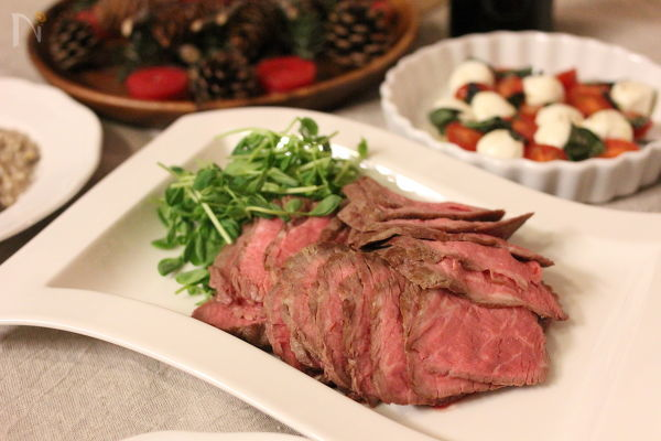 前菜からデザートまで。クリスマスパーティーの人気料理25品の画像