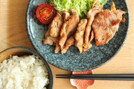 漬け込み冷凍の豚肉の生姜焼き