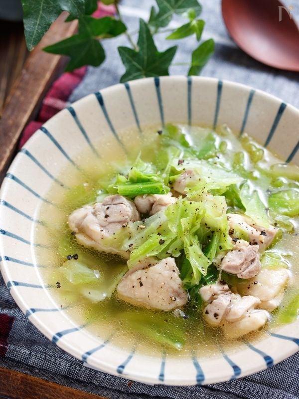 鶏肉とキャベツのうま塩スープ【#胃腸に優しい#おかずスープ】