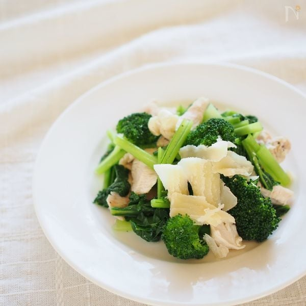 冬野菜と鶏胸肉のオリーブオイルあえ