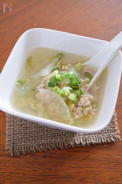 5.鶏ひき肉と大根のあっさり中華スープ