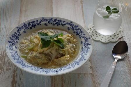 手作り鶏団子と春雨のスープ