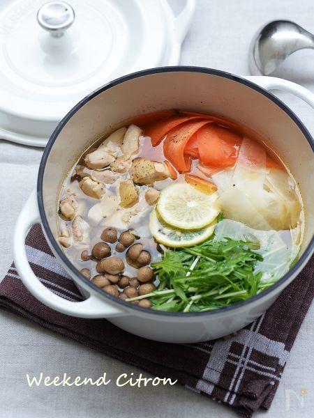 1. 鶏肉と水菜のオリーブオイル鍋