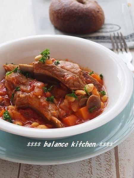 炊飯器で超手間なし。豚プペアリブと大豆のトマト煮込み