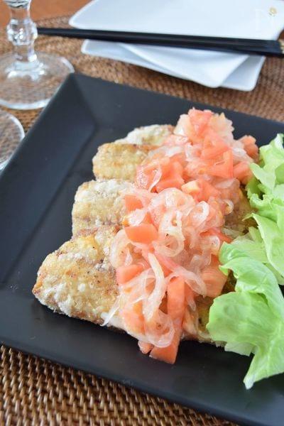 4. トマト酢玉ねぎソースのアジフライ