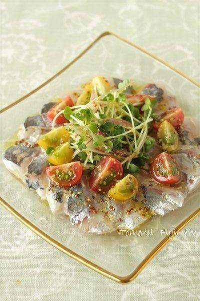 鯵とトマトのカルパッチョ