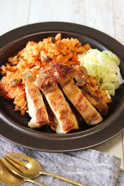 ジューシー鶏の野菜ジュース炊き込みご飯。