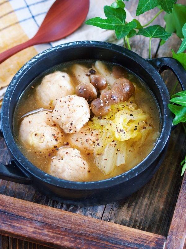 鶏団子と白菜の生姜とろみスープ【#節約#ヘルシー#スープ】