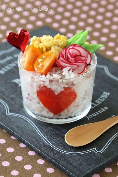 ハートのデコカップ寿司