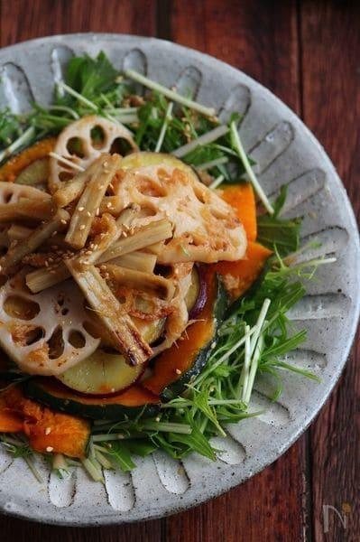 2. 焼き根菜の和風サラダ