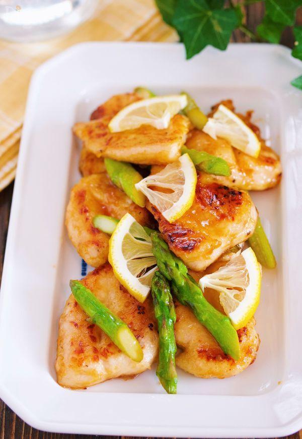 お肉が柔らか♪『ささ身とアスパラのレモンバター醤油ソテー』
