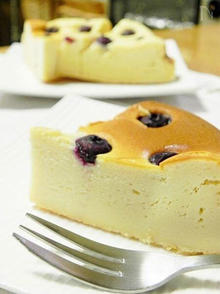 ブルーベリーのベイクドチーズケーキ