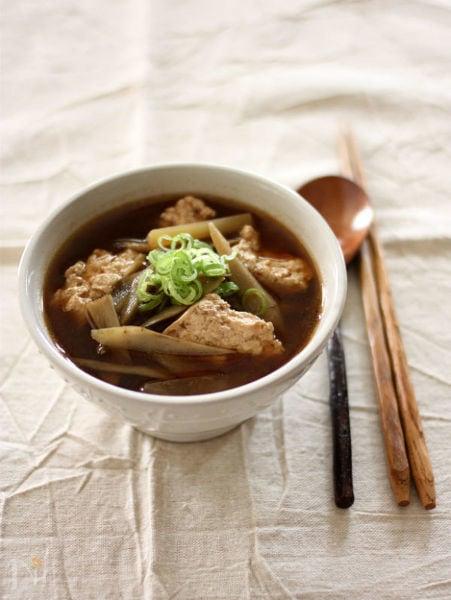 脱マンネリ!豆腐味噌汁の基本レシピ&おすすめの組み合わせ4選の画像