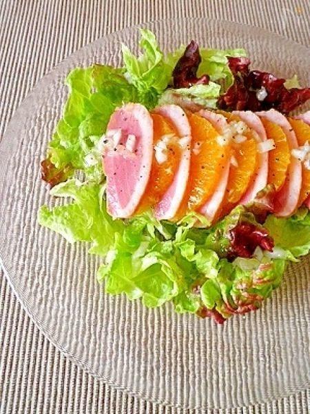 鴨のスモークを使ったオレンジサラダ