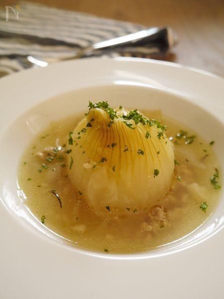 丸ごとトロトロ 新玉ねぎのスープ