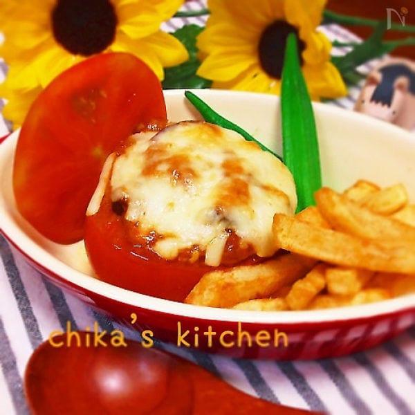 丸ごとトマトのマヨ味噌チーズ焼き