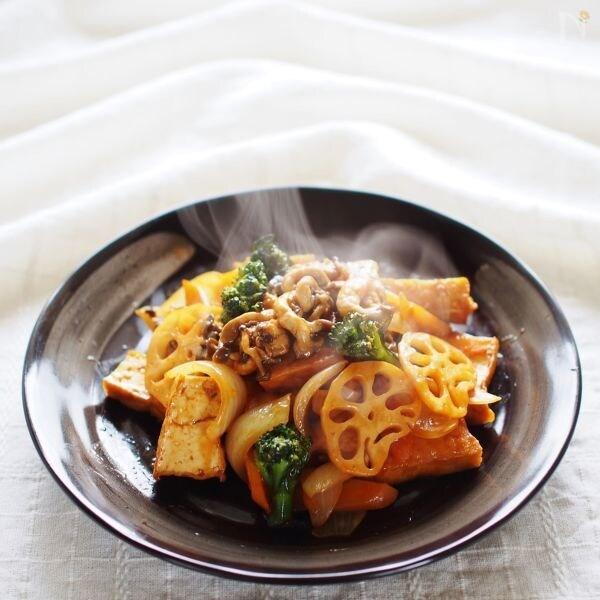 厚揚げと冬野菜の酢豚風