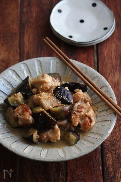 2. 鶏と茄子の胡麻生姜煮