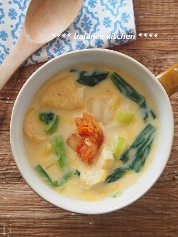 お肉なしでも大満足。時短。キムチ豆乳スープ