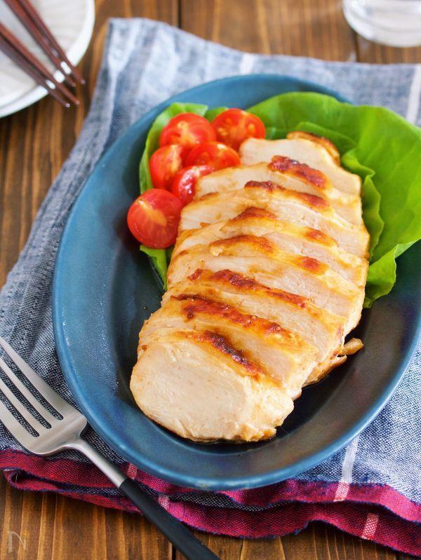 鶏むね肉の味噌マヨ漬け