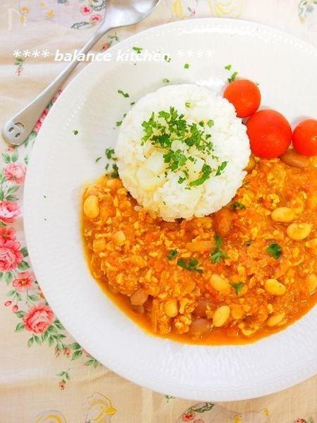 ミルクたっぷり 豆トマトカレー&ポテトライス