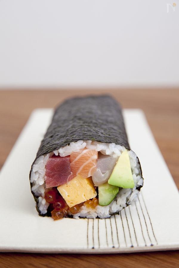 太巻き寿司のレシピ15選!みんな...