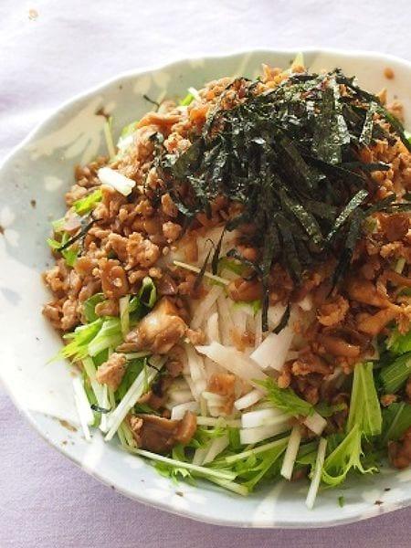 やみつき!大根と水菜のきのこ鶏そぼろドレサラダ