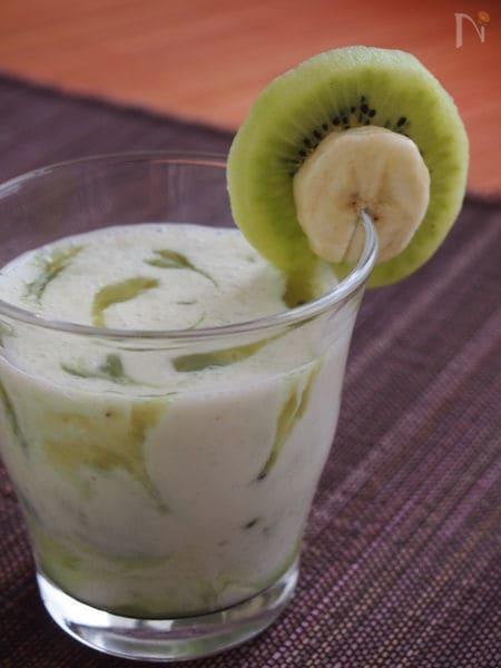 キウイバナナのヨーグルトスムージー