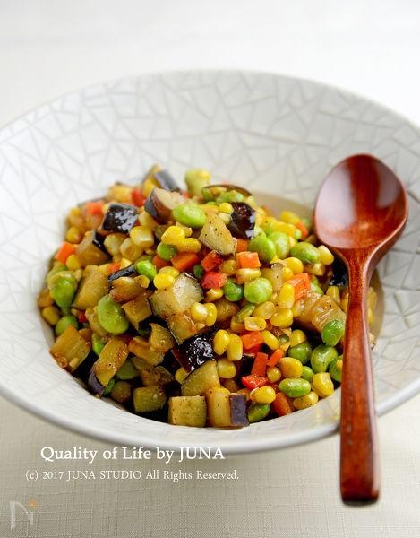 カラフル夏野菜のコンソメ炒め