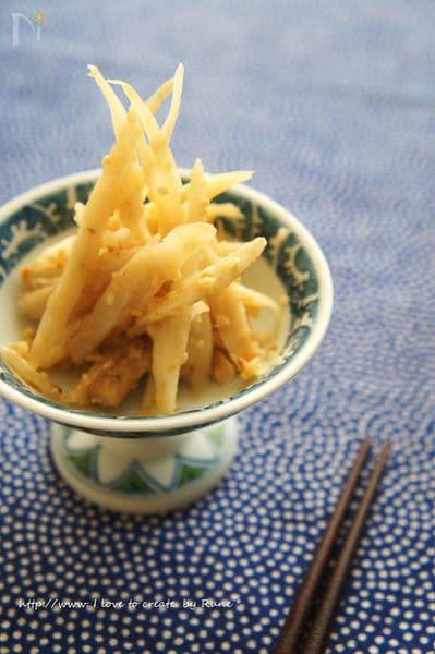 2. 柚子と塩麹のキンピラ和え物