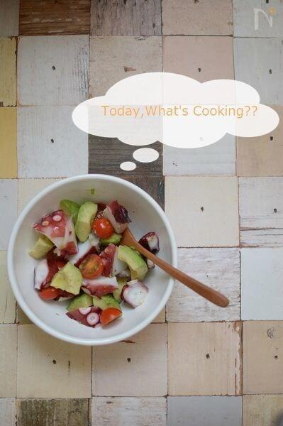 タコ・アボカド・トマトのシンプルサラダ