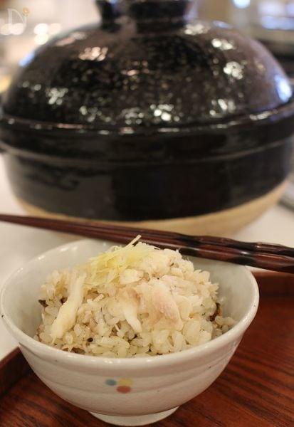 本格!アラを使った土鍋鯛めし
