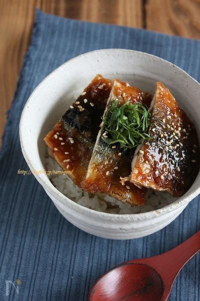 秋の味覚*さんまの香ばし蒲焼き丼♪