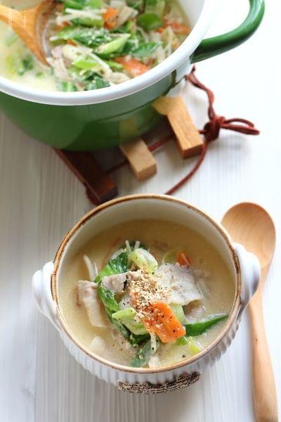 練りごま香る【中華風野菜たっぷりスープ】