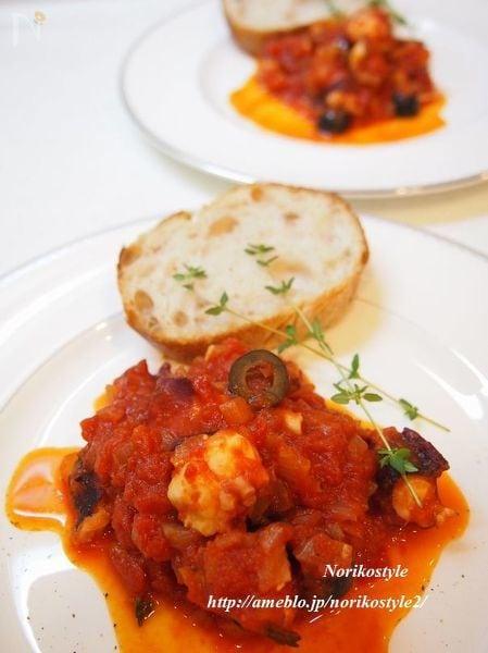ロゼワインに合うタコとオリーブのトマト煮