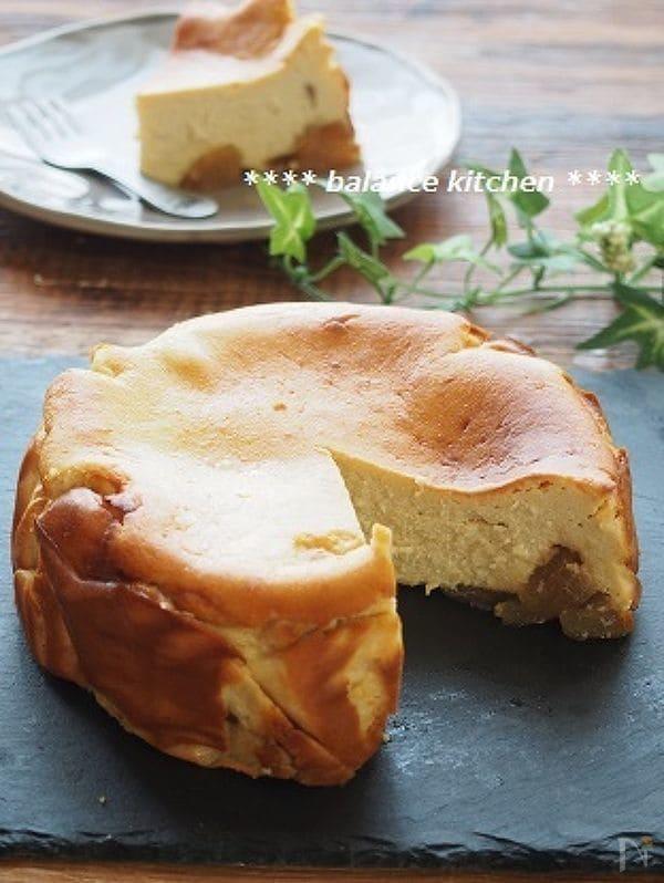 カラメルりんごの豆乳チーズケーキ