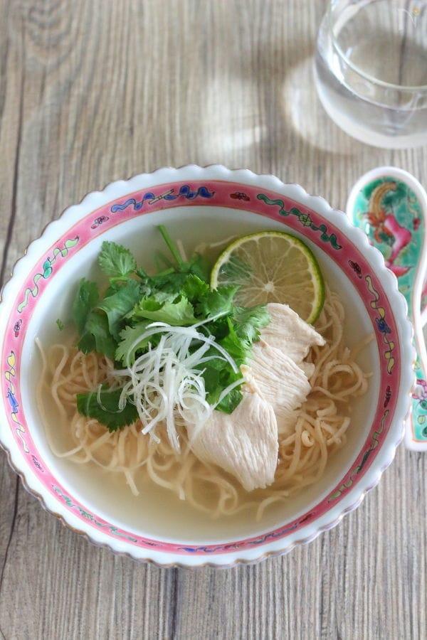 【ソイドル】鶏肉フォー