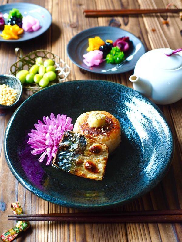 鯖と味噌焼きおにぎりのだしかけご飯