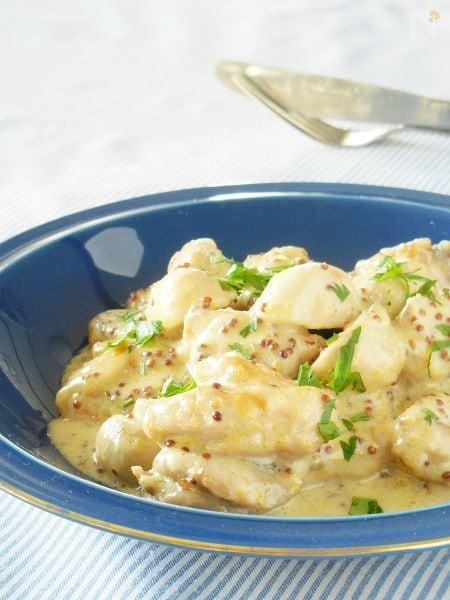 <フライパン1つで>鶏とマッシュルームのマスタードクリーム煮