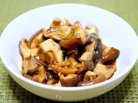 麺つゆで「簡単椎茸の佃煮風」