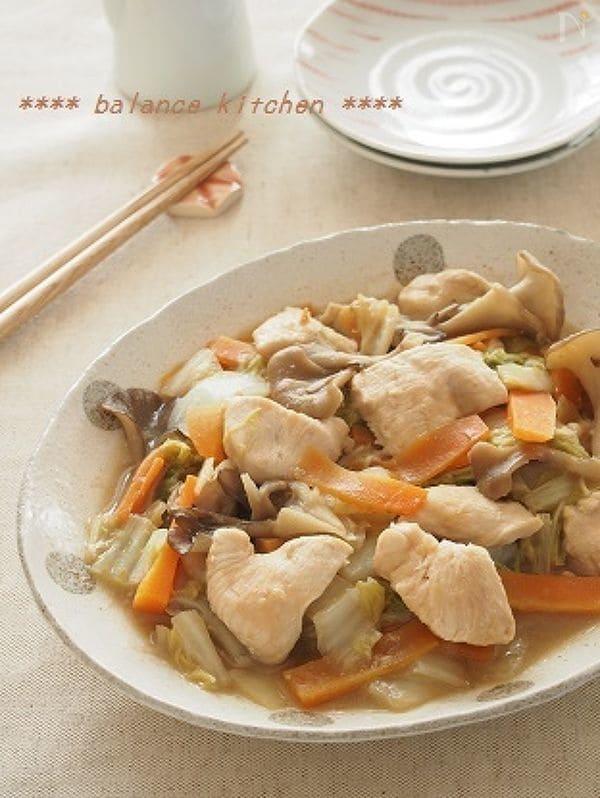 ほったらかし!白菜と鶏胸肉の味噌バター煮