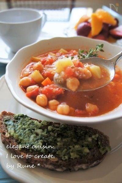 ミネストローネなタイム香るトマトスープ