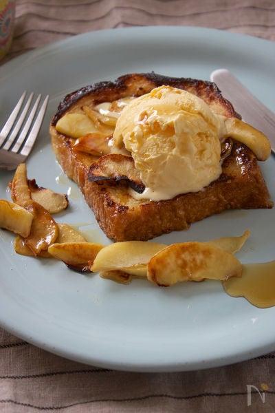 ホットプレートで☆りんごのフレンチトースト