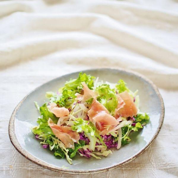 生ハムのコールスローサラダ
