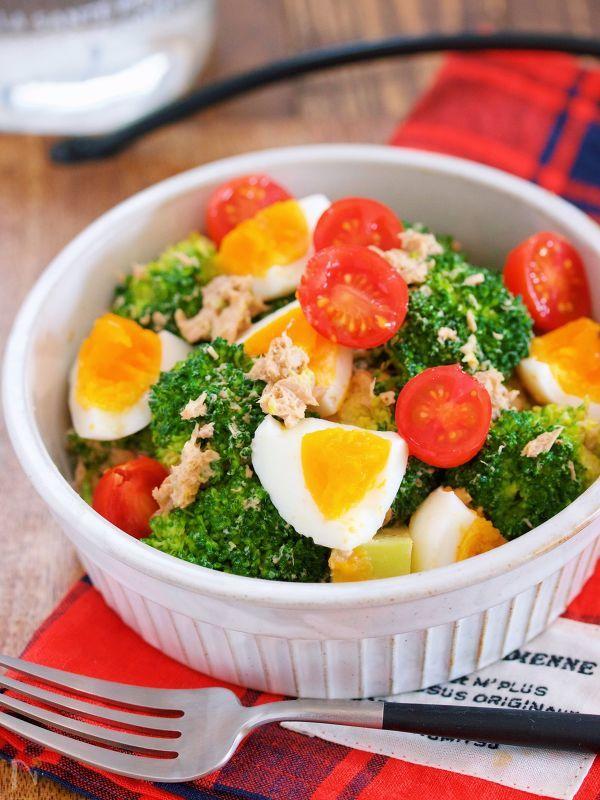 デパ地下デリ風♪『ブロッコリーと卵とツナのごまマヨサラダ』