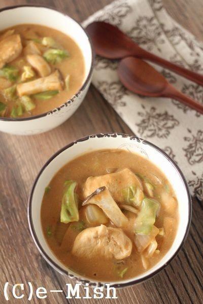 【アレンジ】デミチキンとキャベツのスープ