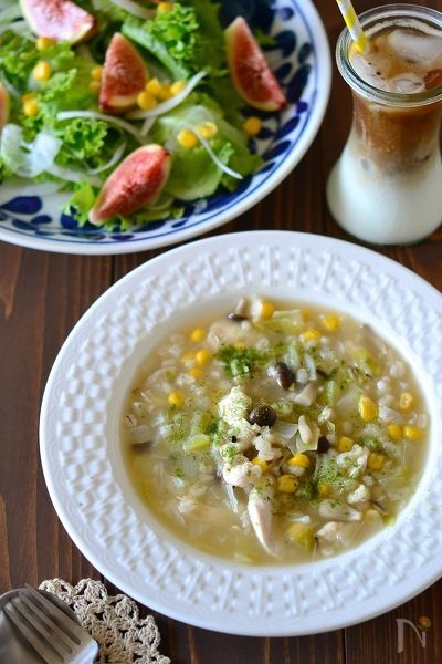 もち麦入りささみとキャベツの食べるスープ